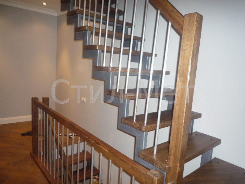 Деревянные перила для лестницы, сделанные своими руками